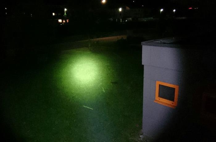 10W High-Power LED 700 Lumen, 350m Reichweite
