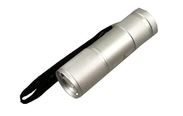 9 Ultra Bright LED Taschenlampe silber