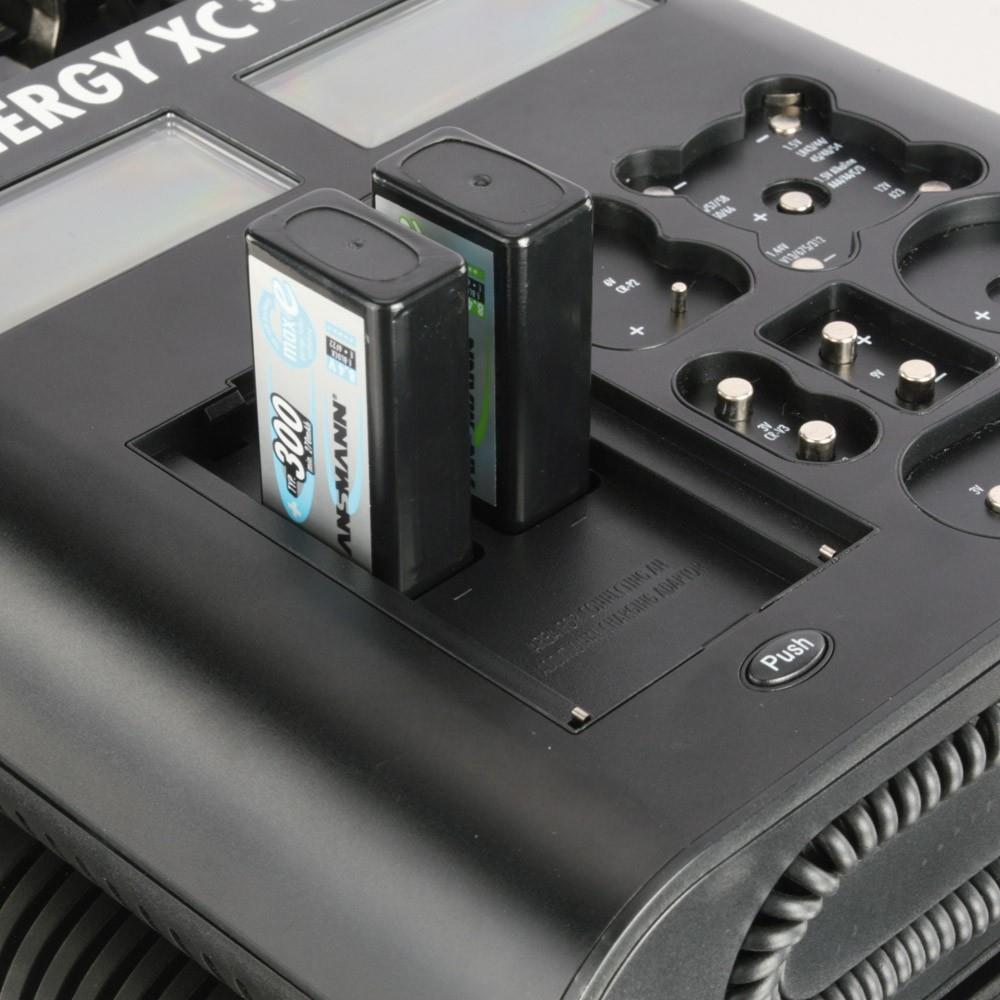 Ansmann Universal-Ladegerät mit LCD-Anzeige