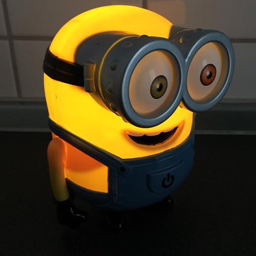 Minion Bob Nachts im Profil