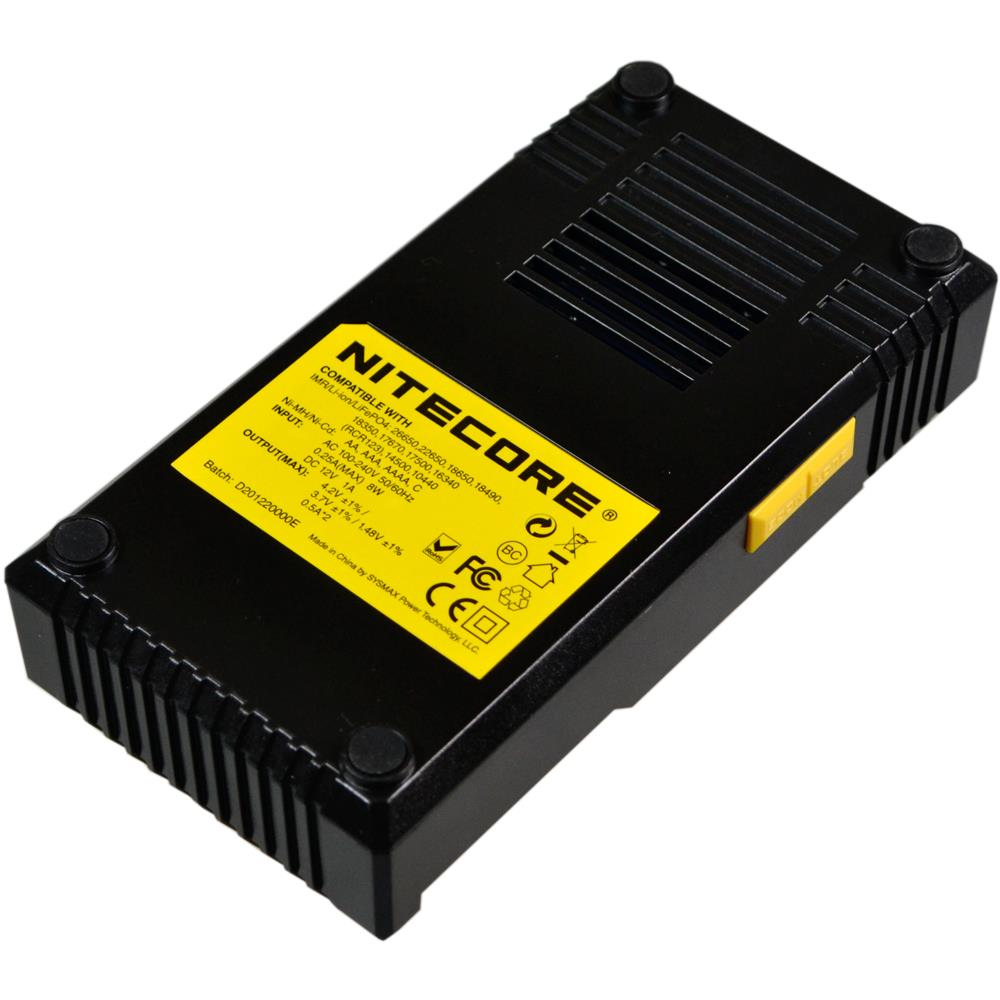 Nitecore D2EU 4fach Ladegerät von Unten