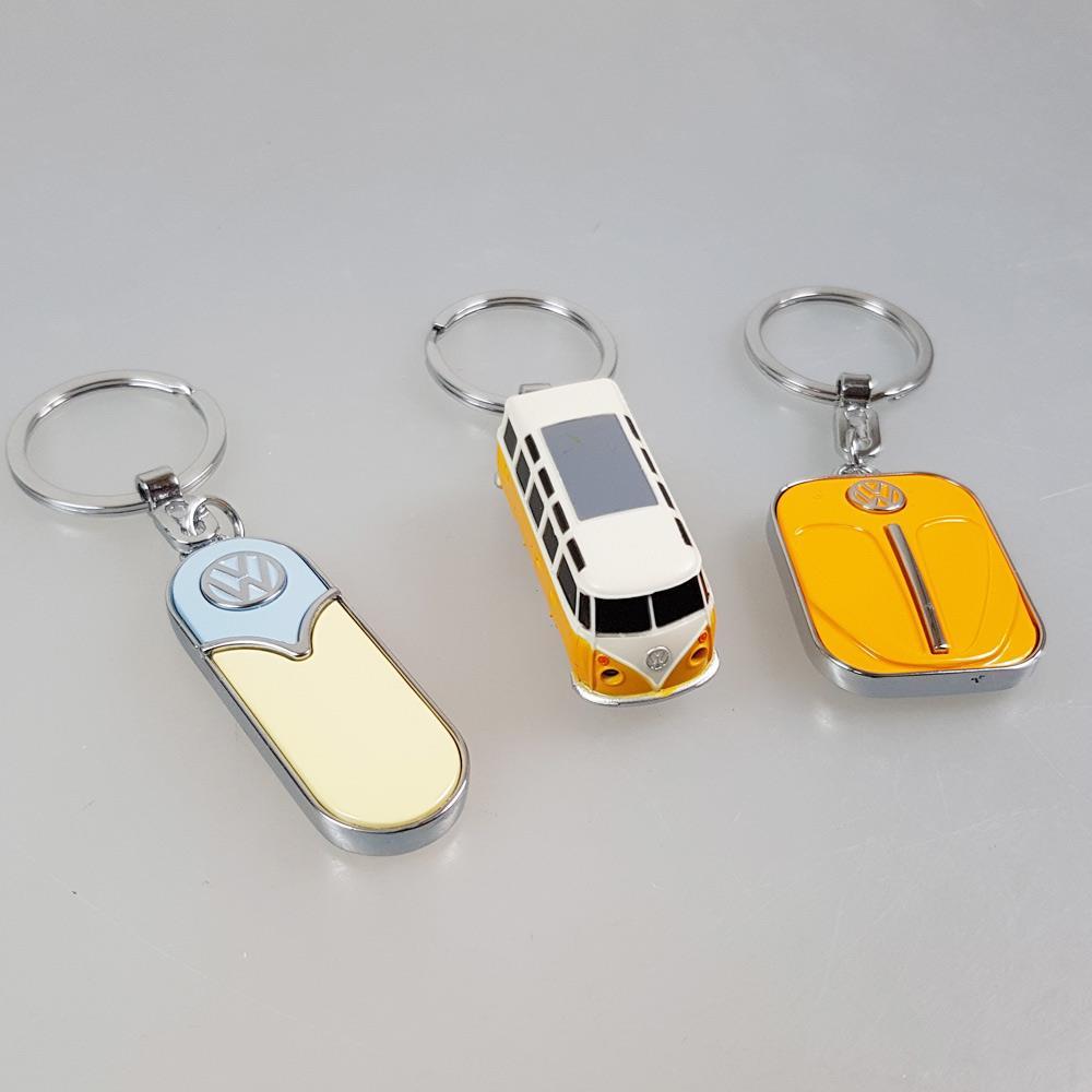 Schlüsselanhanger VW in cremefarben, orange