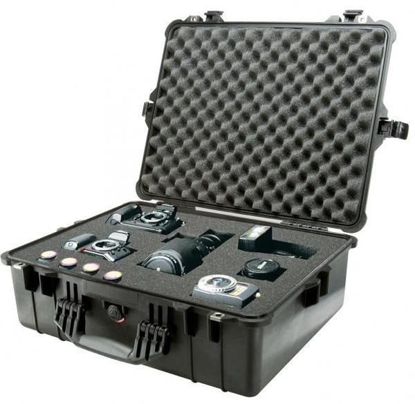 Peli 1600 Schutzkoffer, Case 1600 schwarz mit Würfelschaum