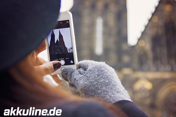 4 Tipps für Handy-Akkus im Winter