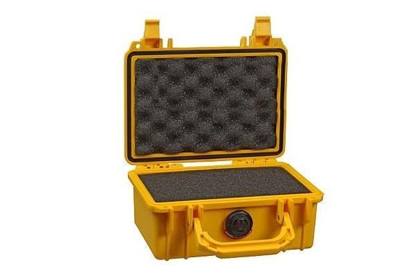 PELI 1120 Koffer, Case gelb mit Würfelschaum