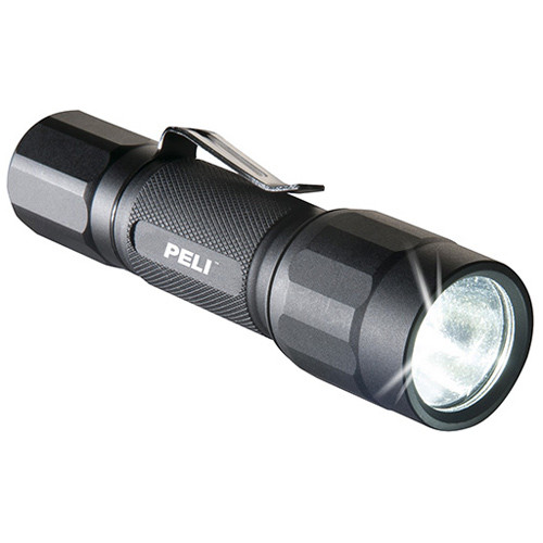 Peli 2350 LED-Taschenlampe schwarz, inkl. 1 x AA Alkaline Batterien